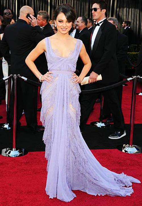 Những minh tinh mặc đẹp nhất qua các kỳ Oscar - 17