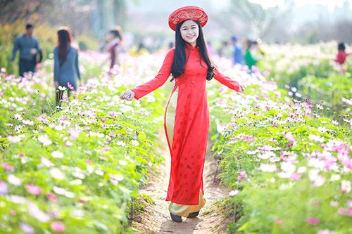 Sắc màu thời trang du xuân của bạn trẻ Hà Nội - 4