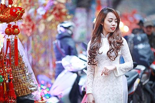 Sắc màu thời trang du xuân của bạn trẻ Hà Nội - 7