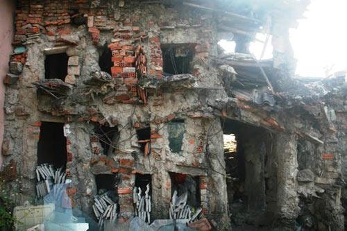 """""""Ớn lạnh"""" căn nhà tự xây của dị nhân Quảng Nam - 3"""