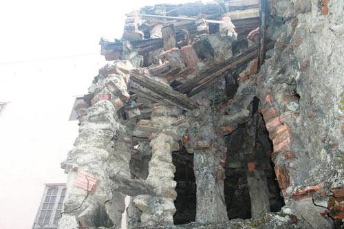 """""""Ớn lạnh"""" căn nhà tự xây của dị nhân Quảng Nam - 6"""