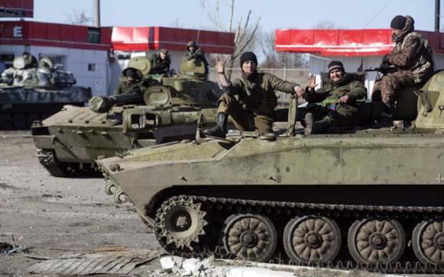 Ukraine: Hai bên tham chiến thỏa thuận rút vũ khí hạng nặng - 1