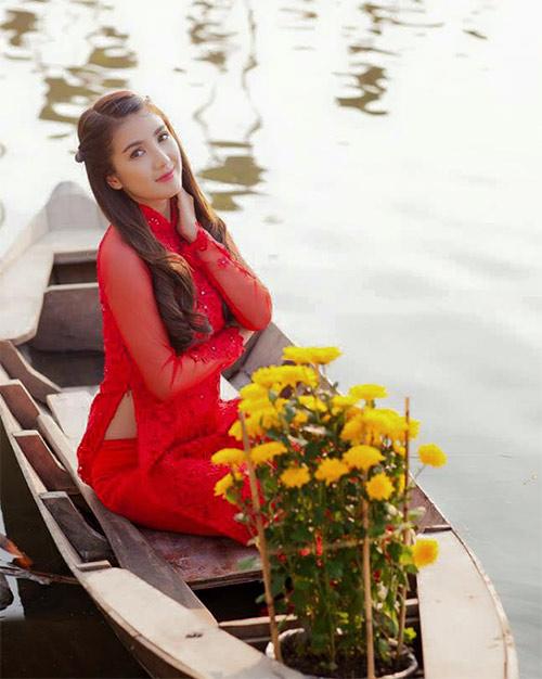 Ảnh du xuân tuyệt đẹp của hot girl Việt - 11