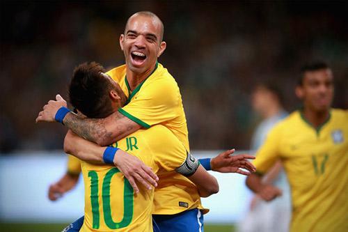 Công Vinh & B.BD tự tin đấu đồng đội của Neymar, Messi - 2