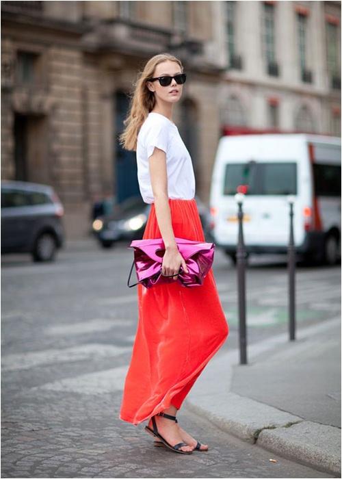 Luôn có cách để mặc đẹp với chiếc váy đỏ - 1