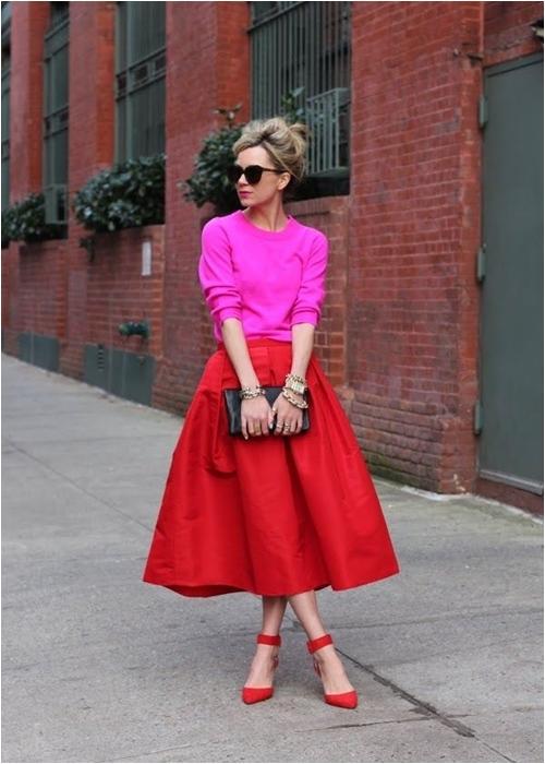 Luôn có cách để mặc đẹp với chiếc váy đỏ - 4