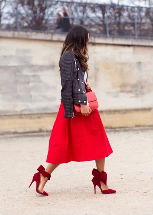 Luôn có cách để mặc đẹp với chiếc váy đỏ - 3
