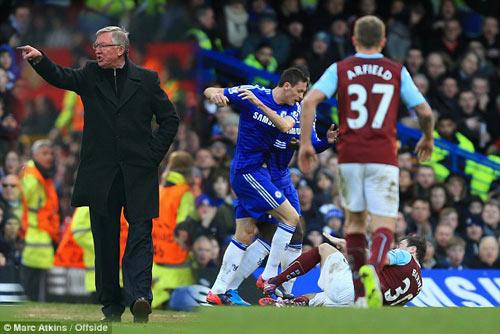 Mourinho là phiên bản hoàn hảo của Sir Alex - 2