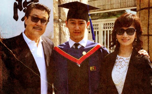 """Những bức ảnh gia đình """"đắt giá"""" của sao Hoa ngữ - 5"""
