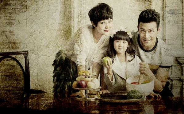 """Những bức ảnh gia đình """"đắt giá"""" của sao Hoa ngữ - 7"""