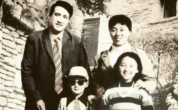 """Những bức ảnh gia đình """"đắt giá"""" của sao Hoa ngữ - 9"""