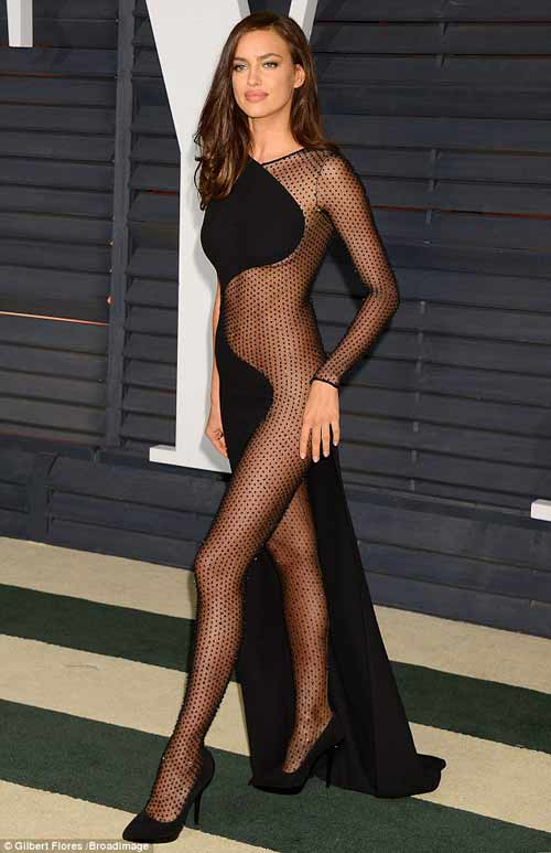 Irina diện váy siêu gợi cảm hậu chia tay Ronaldo - 1