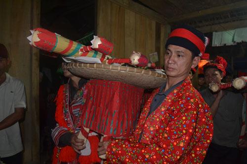 Ăn chay, cấm kỵ cười đùa trong lễ cấp sắc của người Dao - 12