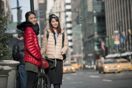 """Mâu Thủy Và Quỳnh Châu """"cặp kè"""" trên phố Mỹ - 5"""
