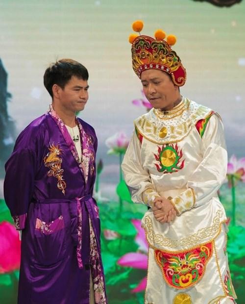Sao Việt khoe người thân ngày đầu xuân - 9
