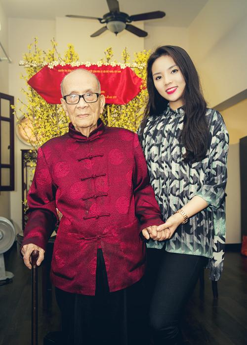 Hoa hậu Kỳ Duyên xinh tươi đi chúc Tết - 4