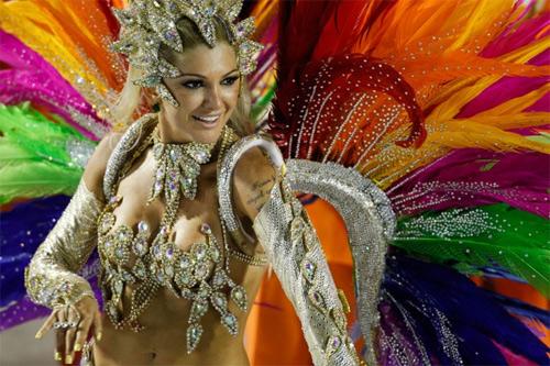 Choáng ngợp trước vẻ lộng lẫy của vũ công Brazil - 3