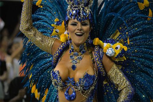Choáng ngợp trước vẻ lộng lẫy của vũ công Brazil - 14