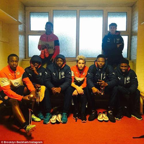 Tin HOT tối 24/2: Giai cả nhà Becks gây thất vọng ở Arsenal - 1