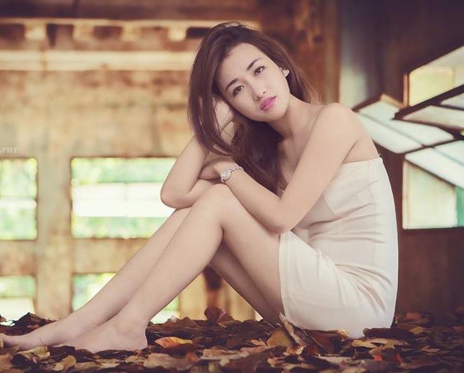 """Nữ DJ """"nóng bỏng"""" của đội Sơn Tùng - 6"""