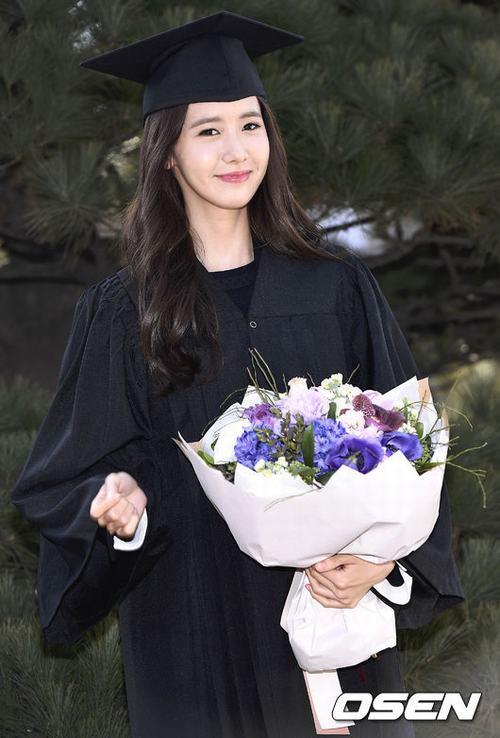 Yoona (SNSD) xinh như nữ thần trong ngày tốt nghiệp - 2