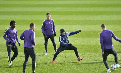 TRỰC TIẾP Man City - Barca: Messi sút hỏng phạt đền - 7