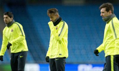 TRỰC TIẾP Man City - Barca: Messi sút hỏng phạt đền - 8