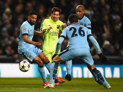 TRỰC TIẾP Man City - Barca: Messi sút hỏng phạt đền - 14