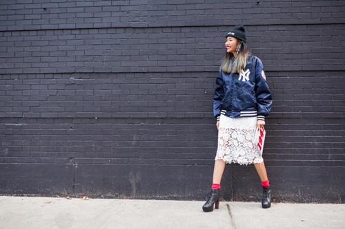 Hoàng Thùy mặc ấn tượng dạo phố New York - 1