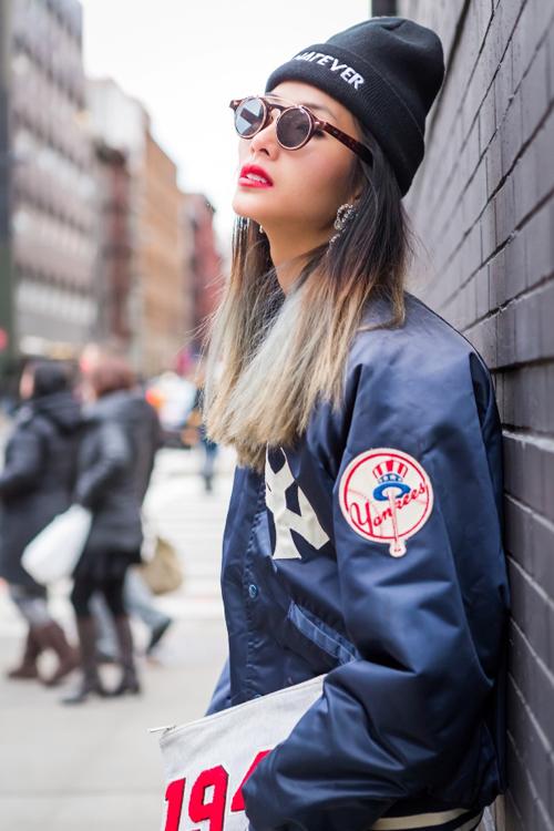 Hoàng Thùy mặc ấn tượng dạo phố New York - 3