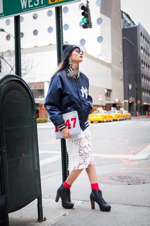 Hoàng Thùy mặc ấn tượng dạo phố New York - 5
