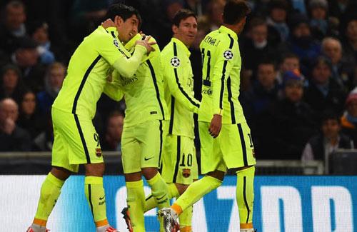 """Suarez: Khẳng định giá trị """"bom tấn"""" - 2"""