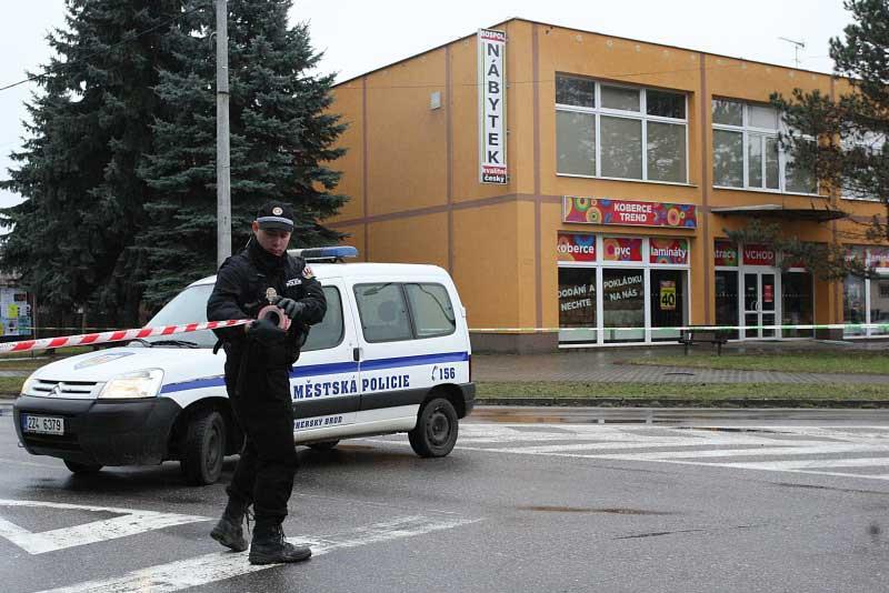 Séc: Xả súng kinh hoàng trong nhà hàng, 9 người chết - 1