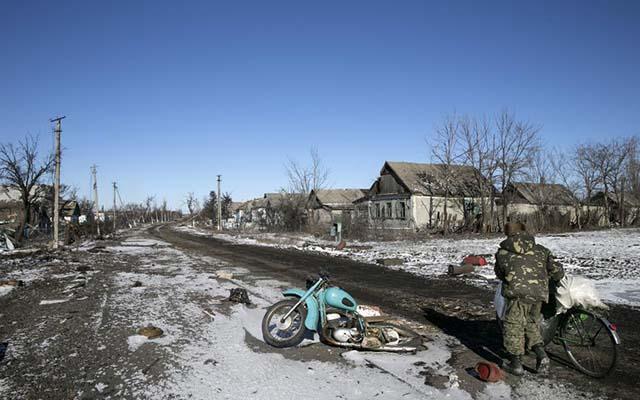 """Ukraine: Cuộc sống ở """"thành phố chết"""" Debaltseve - 2"""