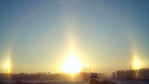 """Video: """"3 mặt trời"""" xuất hiện cùng lúc tại Nga - 1"""