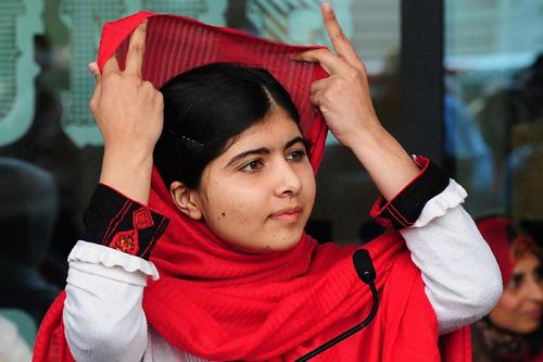 Chuyện cô gái bị ám sát hụt được trao giải Nobel Hòa bình - 3