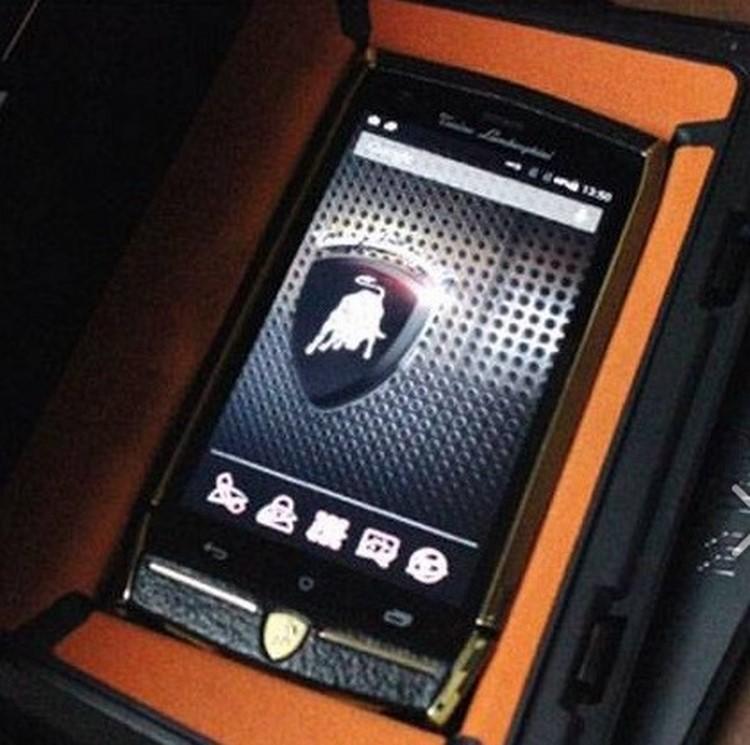 8 điều ít biết về điện thoại cao cấp Lamborghini 88 Tauri - 3