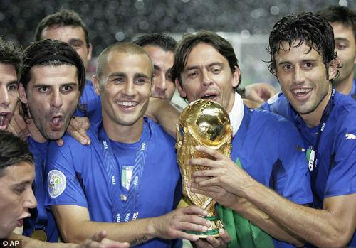 Nghi trốn thuế, Cannavaro đối mặt 10 tháng tù - 1