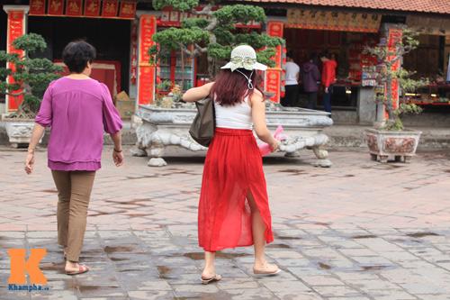 6 lưu ý về trang phục đi lễ chùa đầu năm - 1