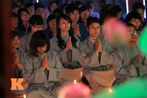6 lưu ý về trang phục đi lễ chùa đầu năm - 2