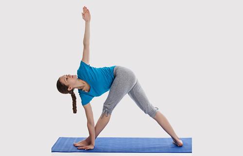 8 bài tập yoga giúp phụ nữ tuổi 30 thêm khỏe đẹp - 4