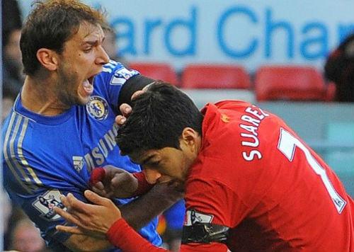Suarez buộc tội truyền thông Anh vu cáo vụ cắn người - 2