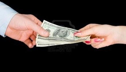 """Công """"mô tô"""" chi hơn 1,8 tỷ đồng mua chuộc cán bộ - 1"""