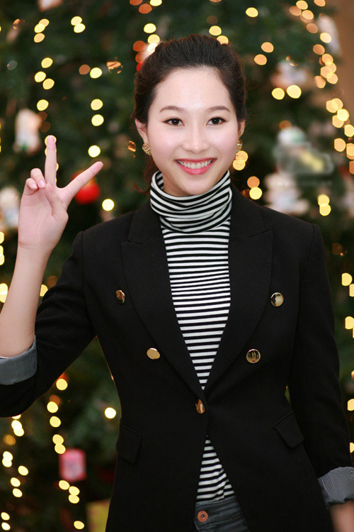 """1001 kiểu trang phục """"mua thêm tuổi"""" của mỹ nữ Việt - 5"""