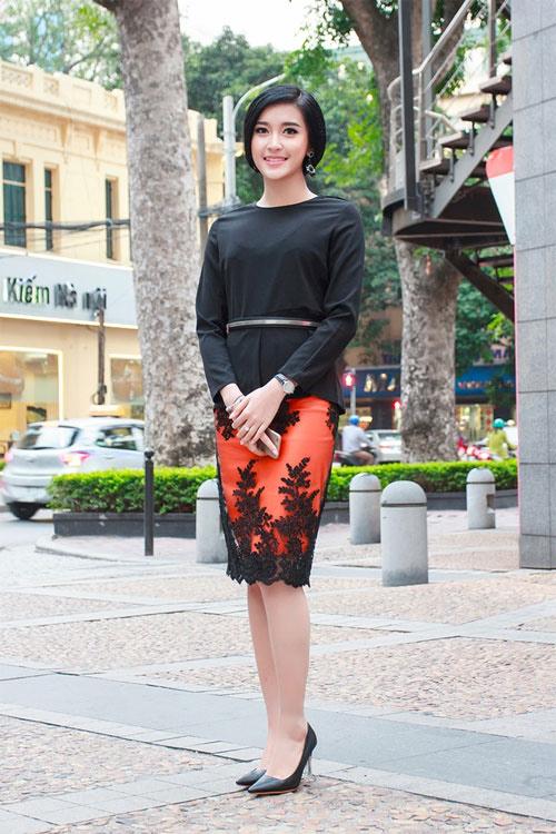 """1001 kiểu trang phục """"mua thêm tuổi"""" của mỹ nữ Việt - 9"""