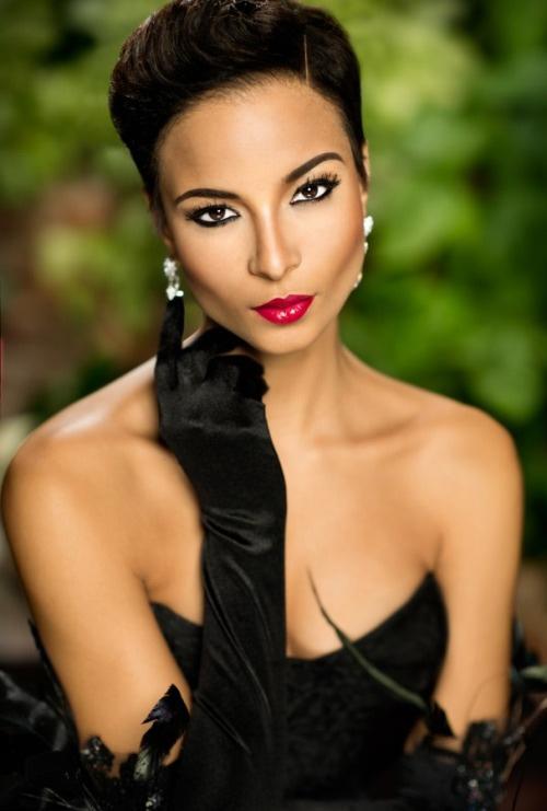 Nhan sắc tuyệt vời của 10 hoa hậu đẹp nhất năm 2014 - 4