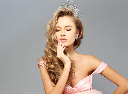 Nhan sắc tuyệt vời của 10 hoa hậu đẹp nhất năm 2014 - 9