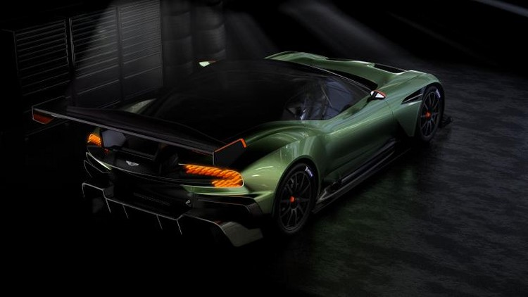 Lộ loạt ảnh siêu xe Aston Martin Vulcan 800 mã lực - 2