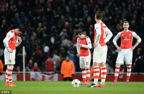 10 thất bại đau đớn nhất của Arsenal thời Wenger - 1