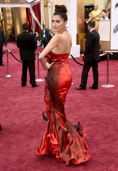 Sao Hollywood diện thiết kế Việt trên thảm đỏ Oscar - 3